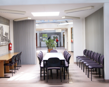 Photo_Porte pliante Aporta_salle de réunion
